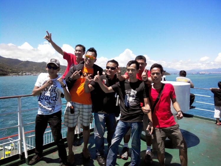 penyebrangan dengan kapal Ferry