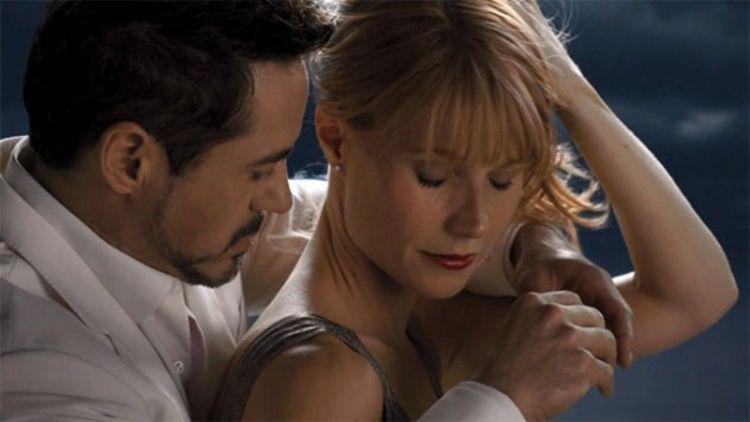 Tony Stark yang jago merayu wanita.