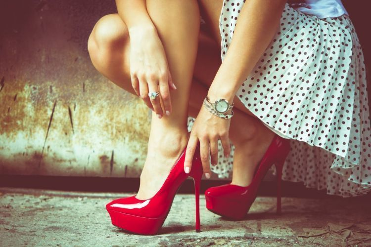 High heels agar terlihat tinggi
