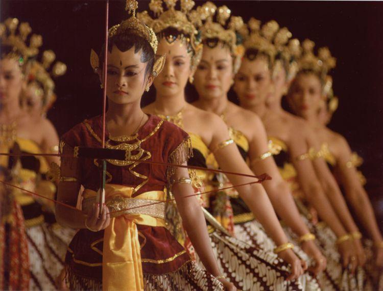 Dedikasi dalam hobi tari tradisional