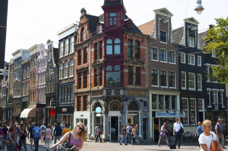 Tak perlu lagi ragu untuk mengunjungi Amsterdam