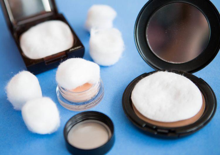 Tips mengepak make up