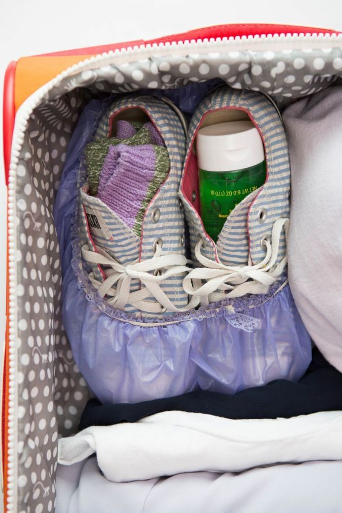 Packing sepatu