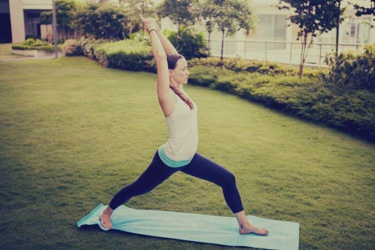 Gaya yoga warrior 1