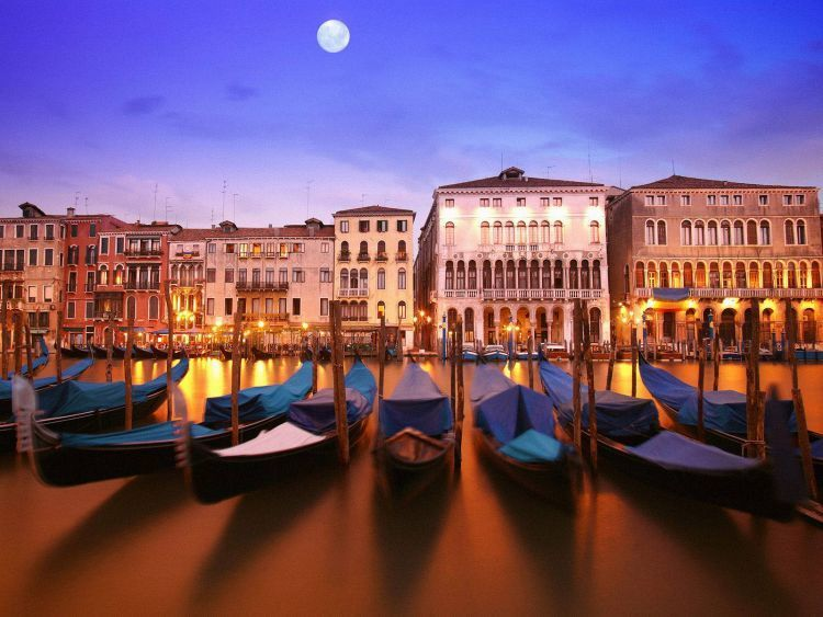 Bulan madu ke Italia