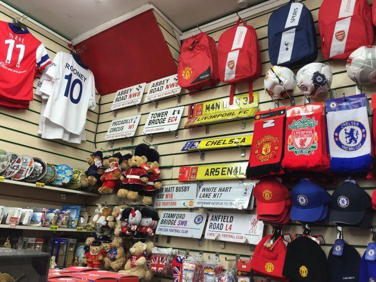 Banyak toko-toko lucu di Eropa yang mungkin bisa menginspirasi kamu yang ingin membuka bisnis di Indonesia