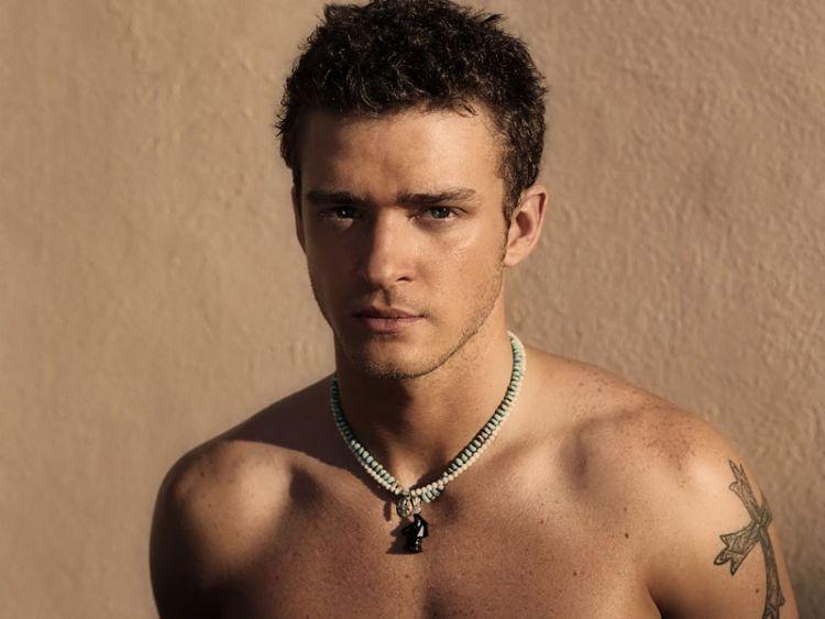 Kriwil-kriwil dan panas, apakah itu? Justin Timberlake dong!
