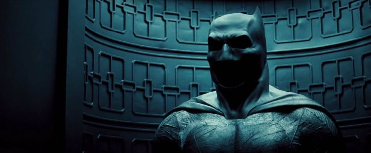 """Batman kembali """"bongkar lemari"""""""