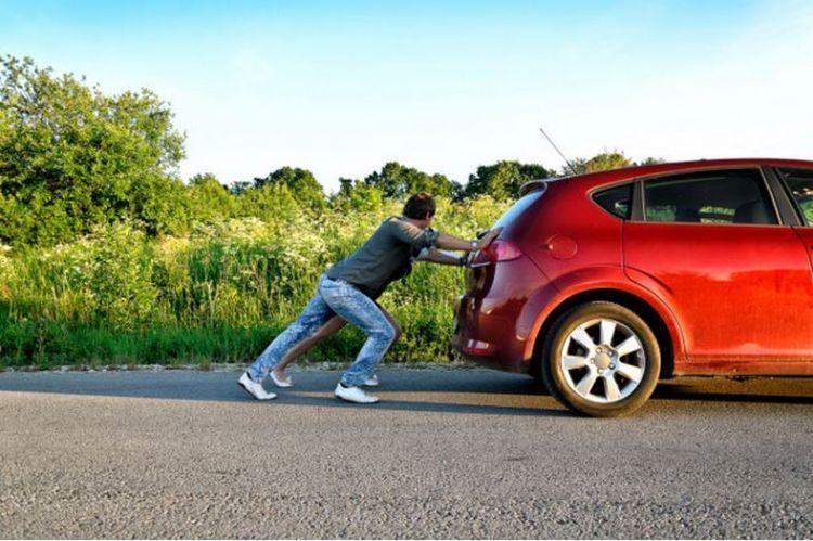 Mobil matic bisa didorong kok
