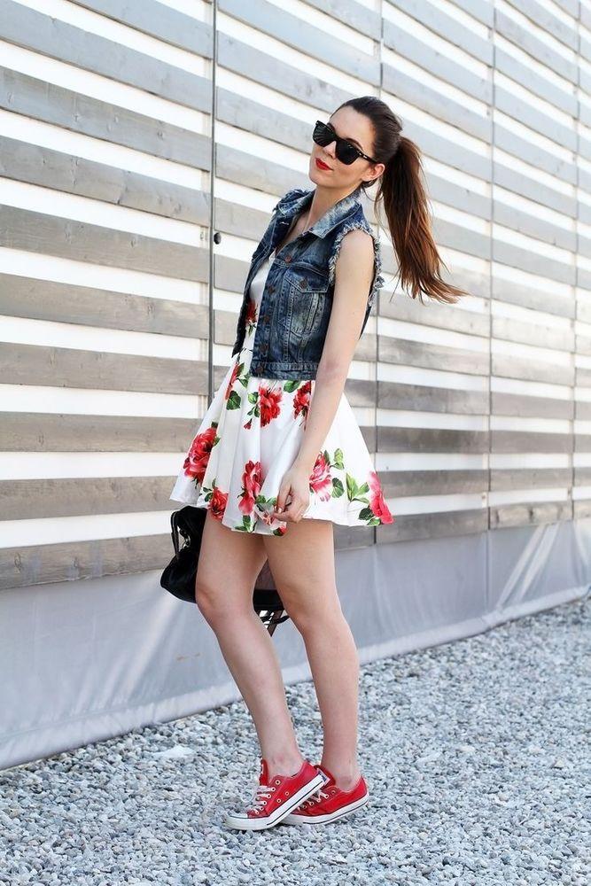 Floral dress + sneakers = cute!