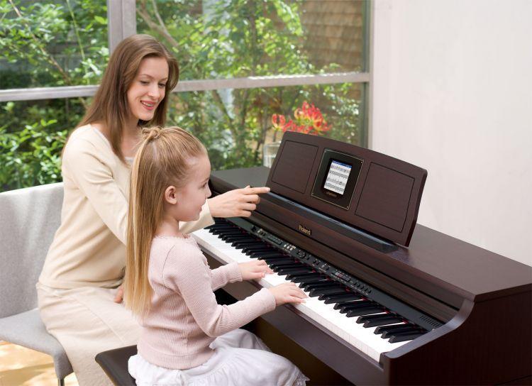 Ibu rumah tangga mengajar les privat