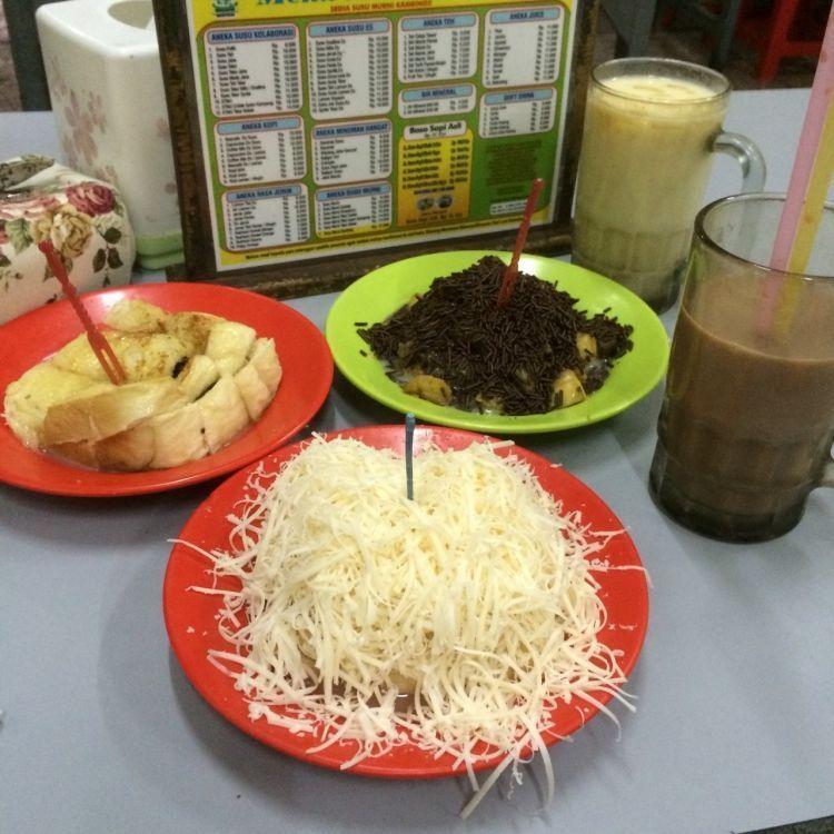 Wisata Kuliner Bandung Malam Tempat Wisata Indonesia