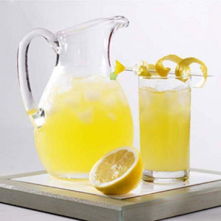 Lemon squash, kuning dan segar