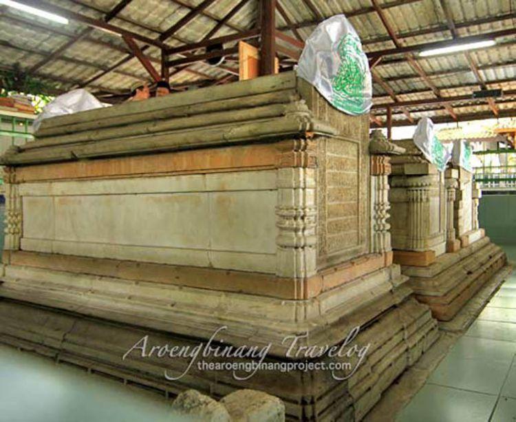Makam Maulana Malik Ibrahim