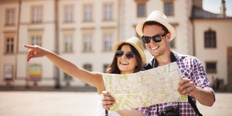 Membaca peta dan memahami arah