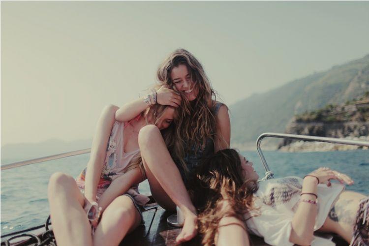 aku masih ingin menikmati kegilaan bersama teman-temanku.
