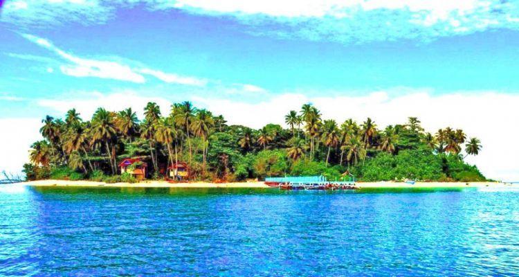 Pulau angso duo dari pantai gandoriah