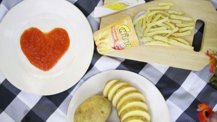 Renyahnya Chitato French Fries bikin lidahmu dan sahabat-sahabat ketagihan