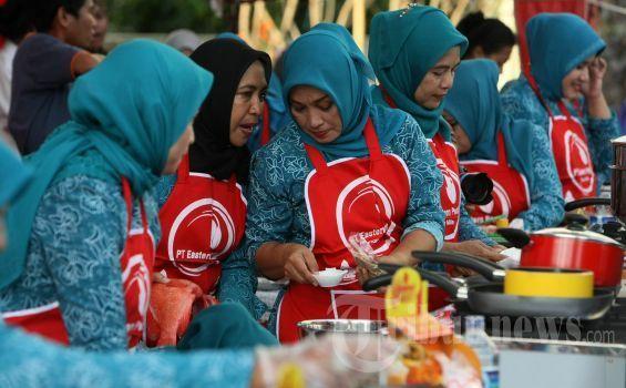 PKK bukan singkatan dari Perempuan Kurang Kerjaan