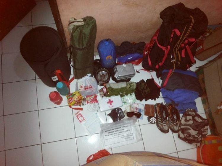 Persiapkan dengan detil perlengkapan logistik. (dok. Ryan Widianto)