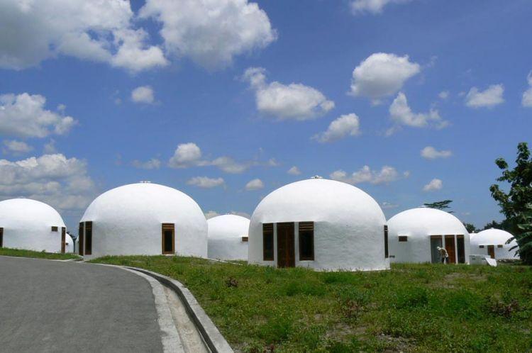 Rumah dome di New Nglepen