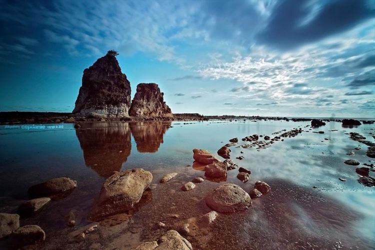 Pantai Tanjung layar Sawarna