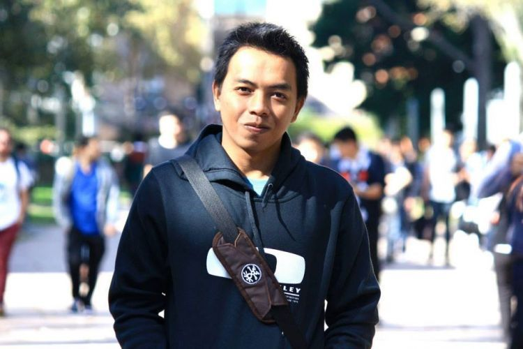 Ihsanudin mengembangkan bisnis tas kamera yang memberinya keuntungan besar