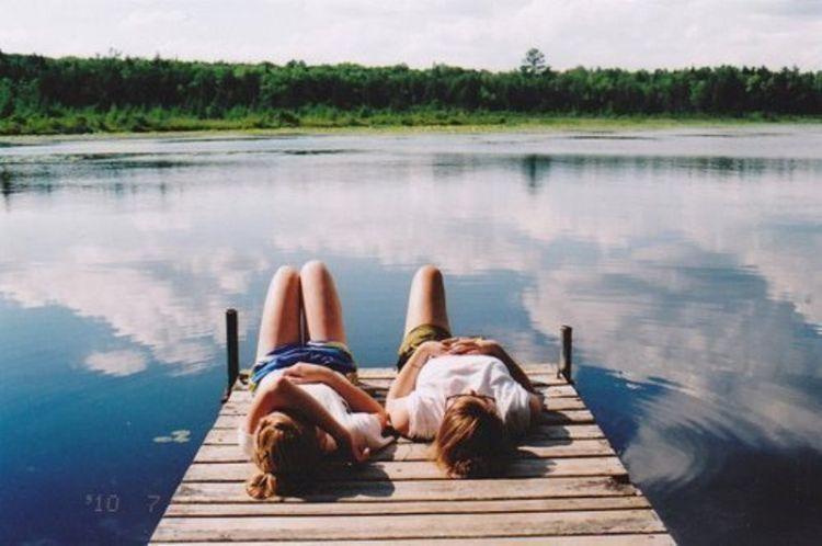 Membuka diri untuk bisa berteman dengan siapapun
