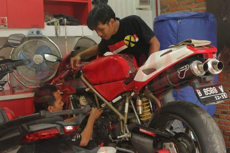 Rajin-rajin merawat sepeda motormu