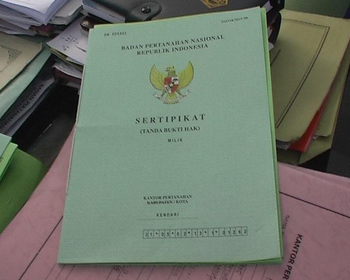 Periksa surat-surat dan legalitas tanah