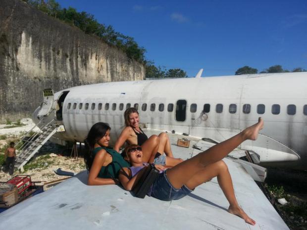 Mereka bukan penumpang pesawat