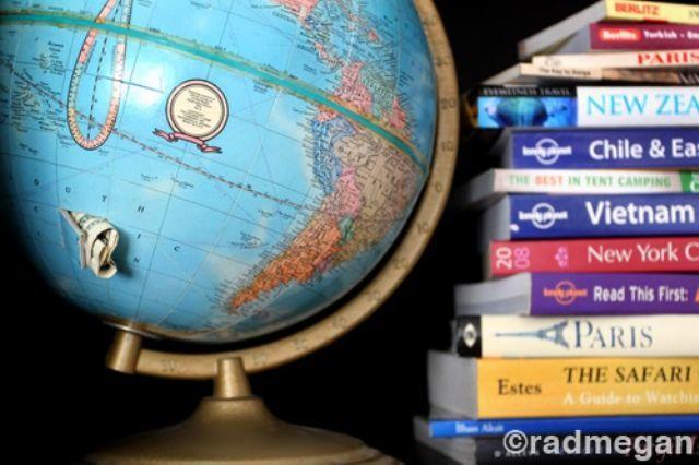 Celengan dari globe