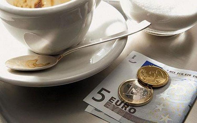 Nongkrong kafe kadang bisa merusak keuangan