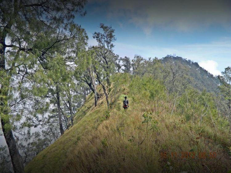 Mendaki Gunung WIlis via Kare, Madiun