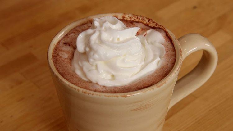 Royal hot chocolate untuk menghangatkan malammu