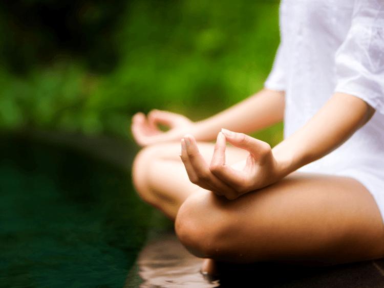 Lebih dari sekedar menenangkan diri, bermeditasi juga bisa dihitung alternatif olahraga