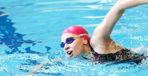 Segarnya badan setelah berenang