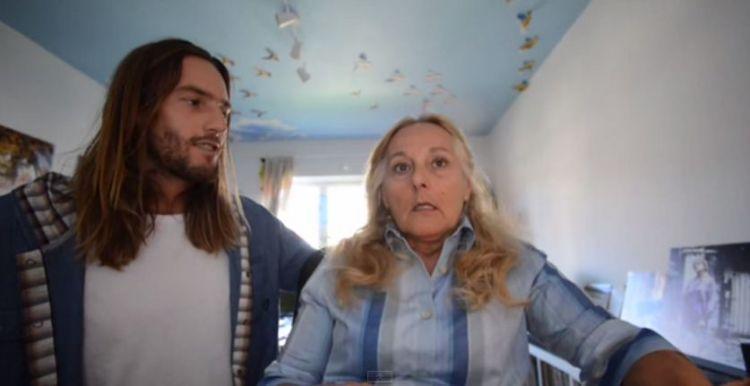 Ekspresi sang ibu yang merasa terkejut