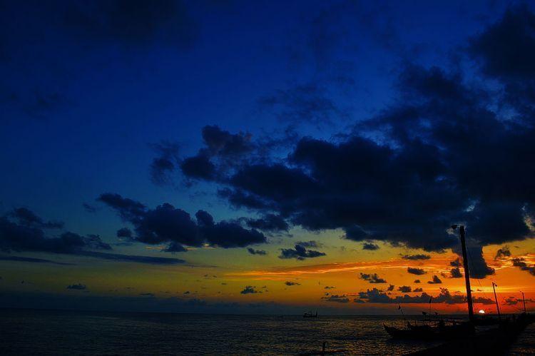 Senja di Pantai Banyutowo