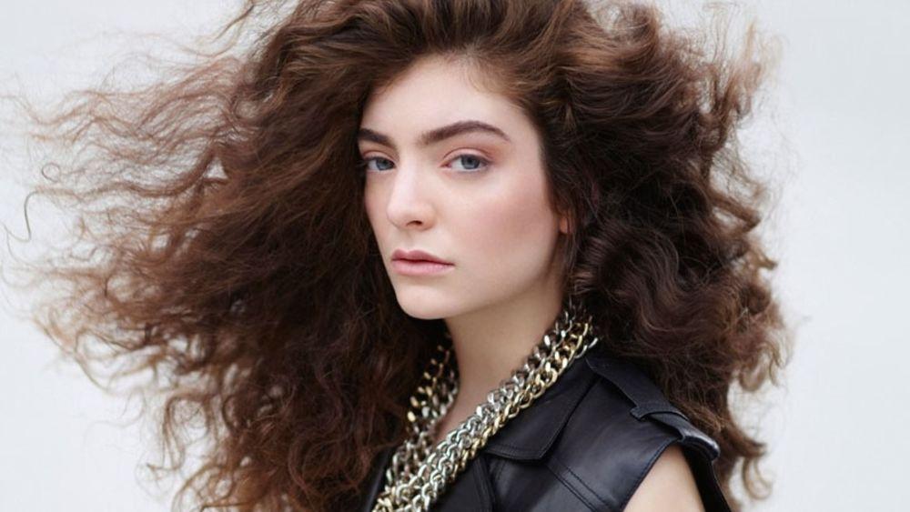 10 Gaya Rambut Unik Untuk Kamu Yang Punya Rambut Lebat Dan Keriting
