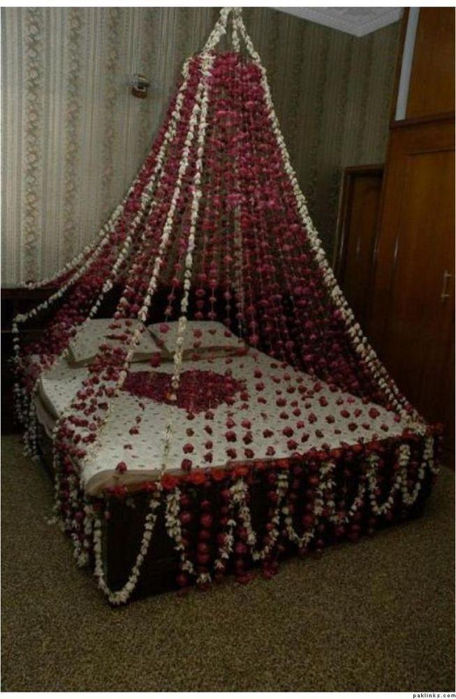 Dekorasi kamar pengantin yang indan dan romantis