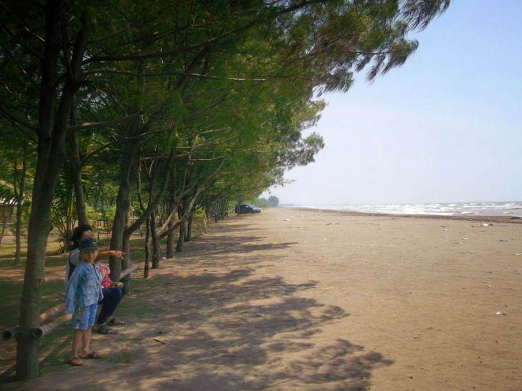 Pantai Blengung