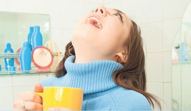 Manfaat garam untuk bersihkan gigi