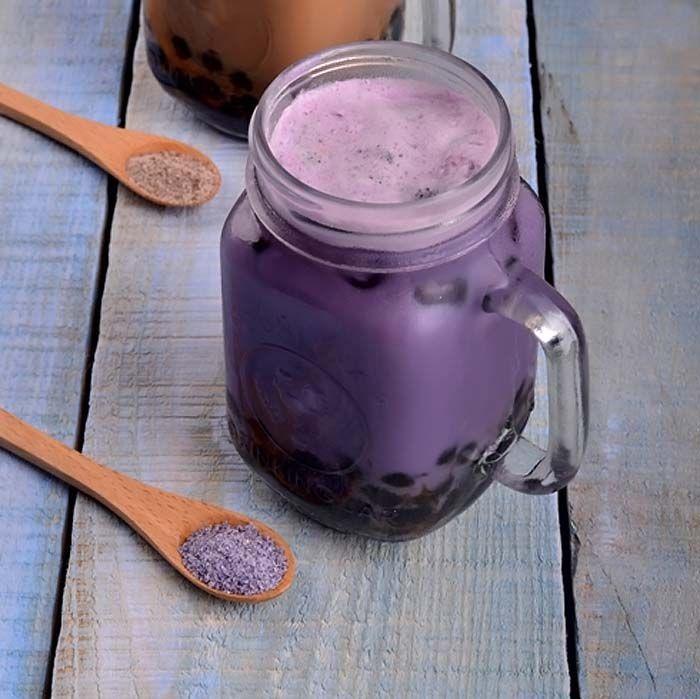 Belum lengkap sebuah kafe bubble tea kalau belum ada taro milk tea.
