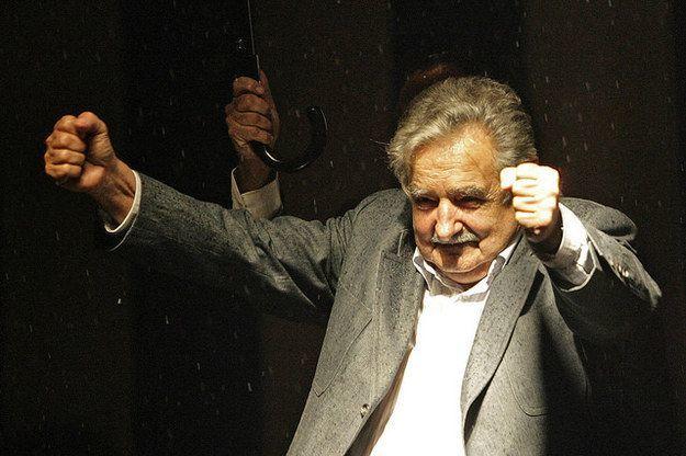 Jose Mujica, Presiden Uruguway yang mengizinkan pernikahan sejenis.