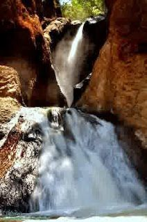 Guwung waterfall