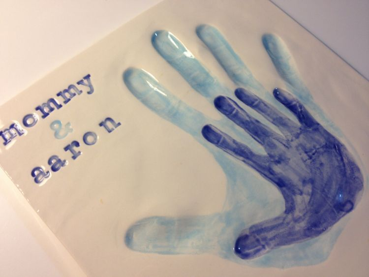 Hand print untuk menyimpan kenangan bayi