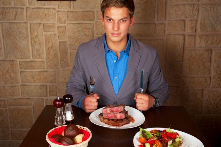 Jangan lewatkan momen kuliner sebagai sarana mengisi energi introvertmu