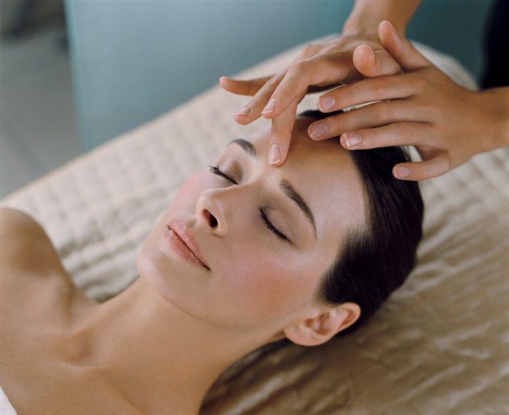 Gerakan massage untuk wajah