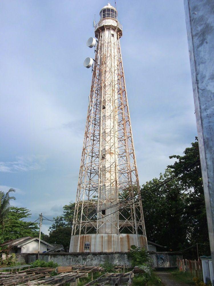 Menara suar yang berfungsi sebagaipos penjagaan